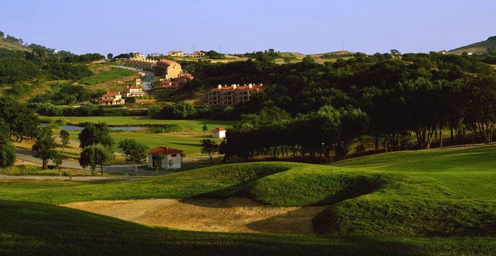 https://golftravelpeople.com/wp-content/uploads/2019/04/Dolce-Campo-Real-6-1024x529.jpg