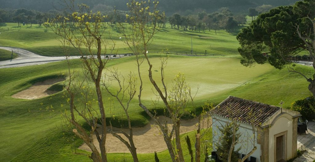 https://golftravelpeople.com/wp-content/uploads/2019/04/Dolce-Campo-Real-8-1024x529.jpg