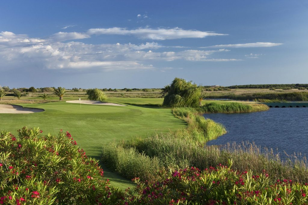 https://golftravelpeople.com/wp-content/uploads/2019/04/Dom-Pedro-Vilamoura-Laguna-Course-20-1024x683.jpg