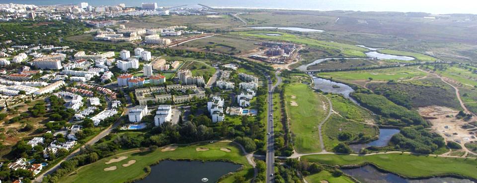 https://golftravelpeople.com/wp-content/uploads/2019/04/Dom-Pedro-Vilamoura-Laguna-Course-22.jpg