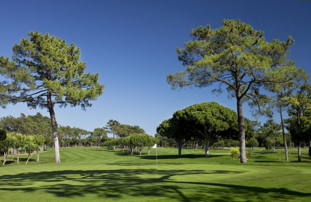 https://golftravelpeople.com/wp-content/uploads/2019/04/Dom-Pedro-Vilamoura-Old-Course-12-1024x667.jpg