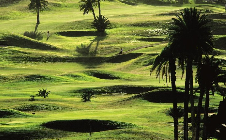 https://golftravelpeople.com/wp-content/uploads/2019/04/El-Cortijo-Club-de-Campo-Gran-Canaria-10-10.jpg