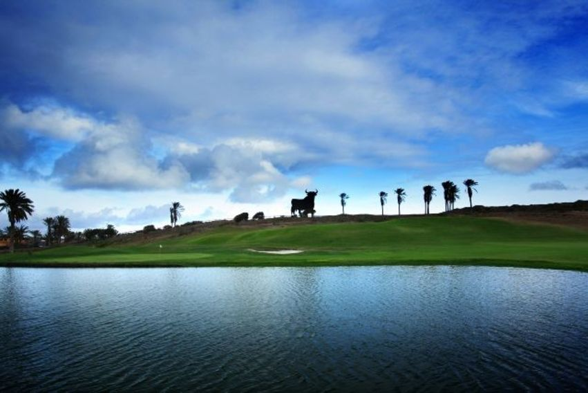 https://golftravelpeople.com/wp-content/uploads/2019/04/El-Cortijo-Club-de-Campo-Gran-Canaria-10-3.jpg