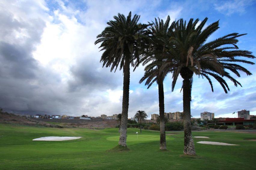 https://golftravelpeople.com/wp-content/uploads/2019/04/El-Cortijo-Club-de-Campo-Gran-Canaria-10-6.jpg