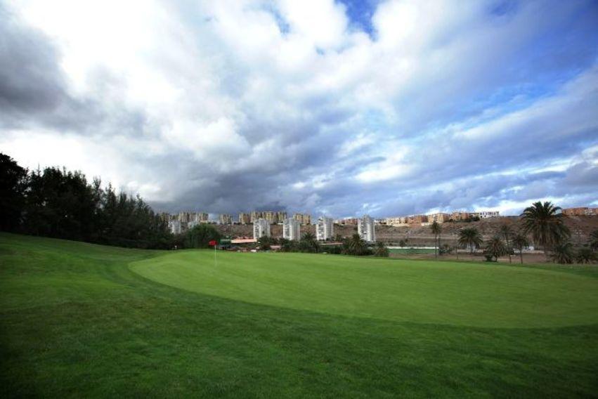 https://golftravelpeople.com/wp-content/uploads/2019/04/El-Cortijo-Club-de-Campo-Gran-Canaria-10-7.jpg