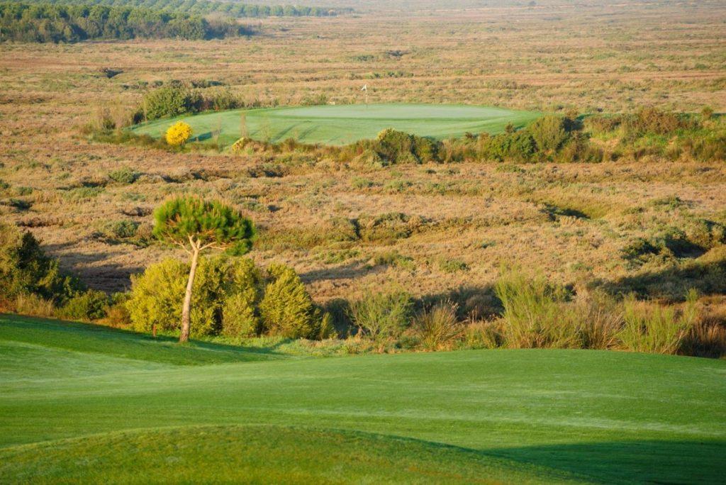 https://golftravelpeople.com/wp-content/uploads/2019/04/El-Rompido-Golf-Club-New-10-1024x684.jpg