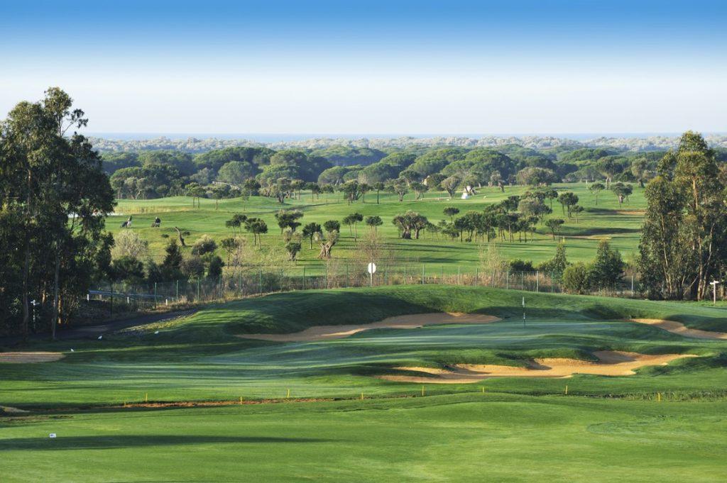 https://golftravelpeople.com/wp-content/uploads/2019/04/El-Rompido-Golf-Club-New-11-1024x681.jpg