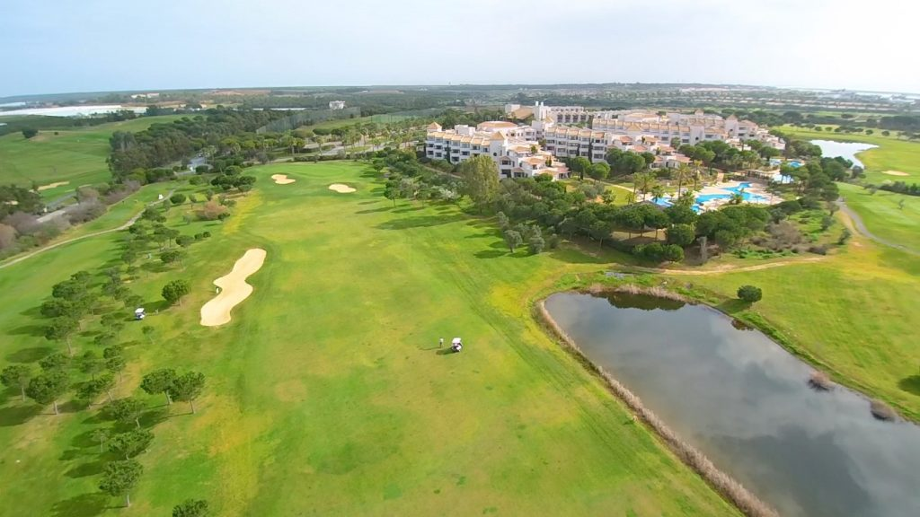 https://golftravelpeople.com/wp-content/uploads/2019/04/El-Rompido-Golf-Club-New-8-1024x576.jpg
