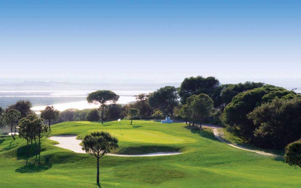 https://golftravelpeople.com/wp-content/uploads/2019/04/El-Rompido-Golf-Club-North-Course-3-1024x638.jpg