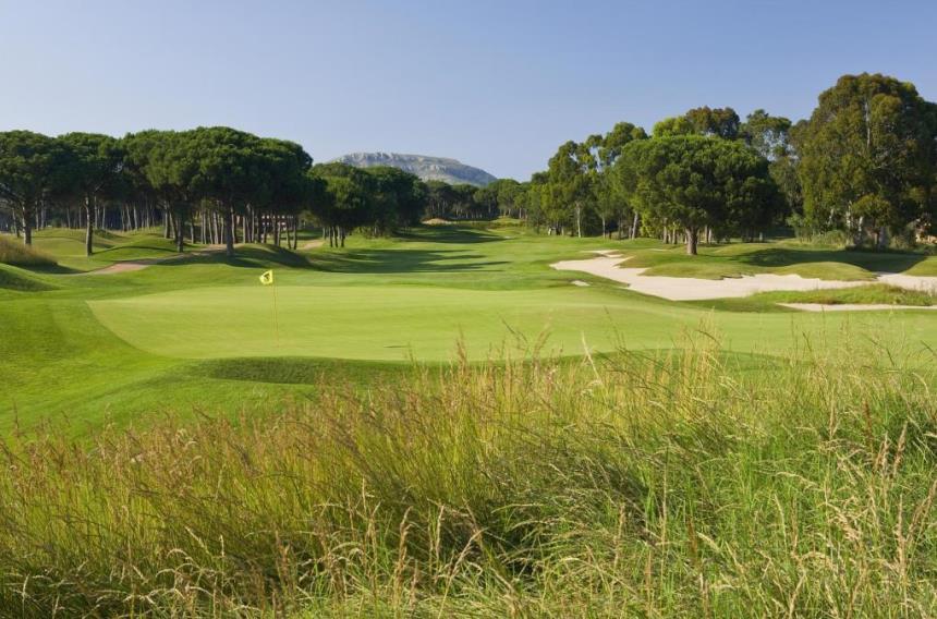 https://golftravelpeople.com/wp-content/uploads/2019/04/Emporda-Golf-Club-Forest-Course-6.jpg
