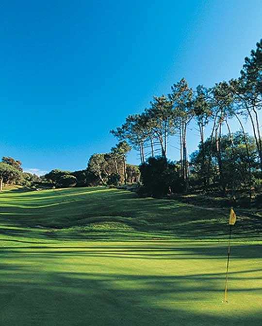 https://golftravelpeople.com/wp-content/uploads/2019/04/Estoril-Golf-Club-1.jpg