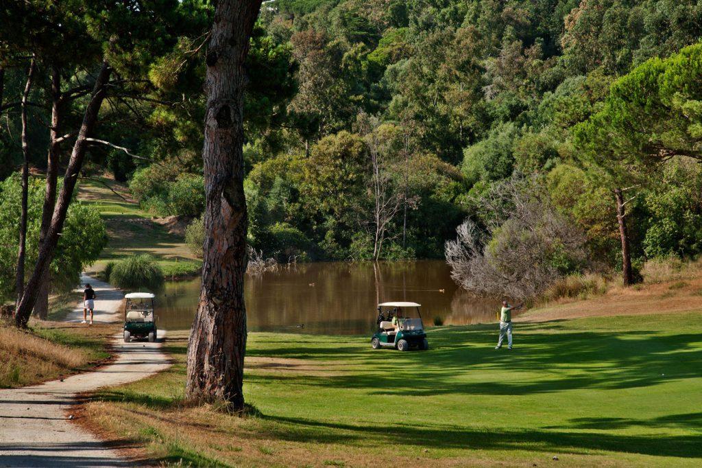 https://golftravelpeople.com/wp-content/uploads/2019/04/Estoril-Golf-Club-Lisbon-2-1024x682.jpg