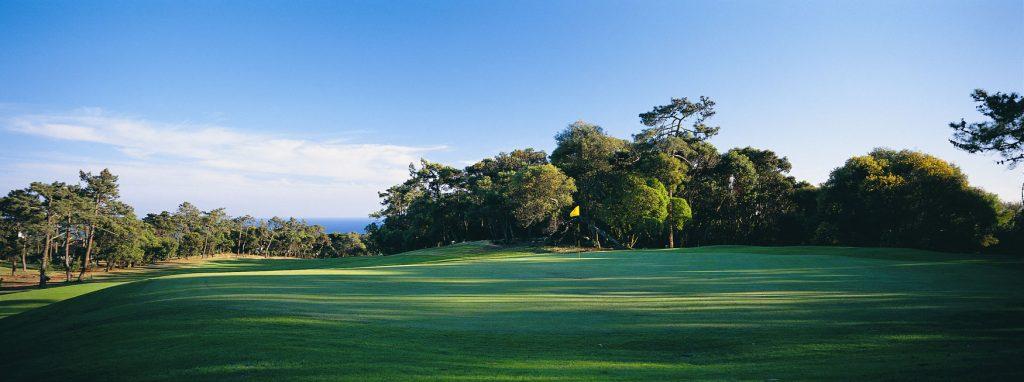 https://golftravelpeople.com/wp-content/uploads/2019/04/Estoril-Golf-Club-Lisbon-4-1024x382.jpg