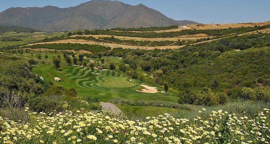 https://golftravelpeople.com/wp-content/uploads/2019/04/Finca-Cortesin-12.jpg