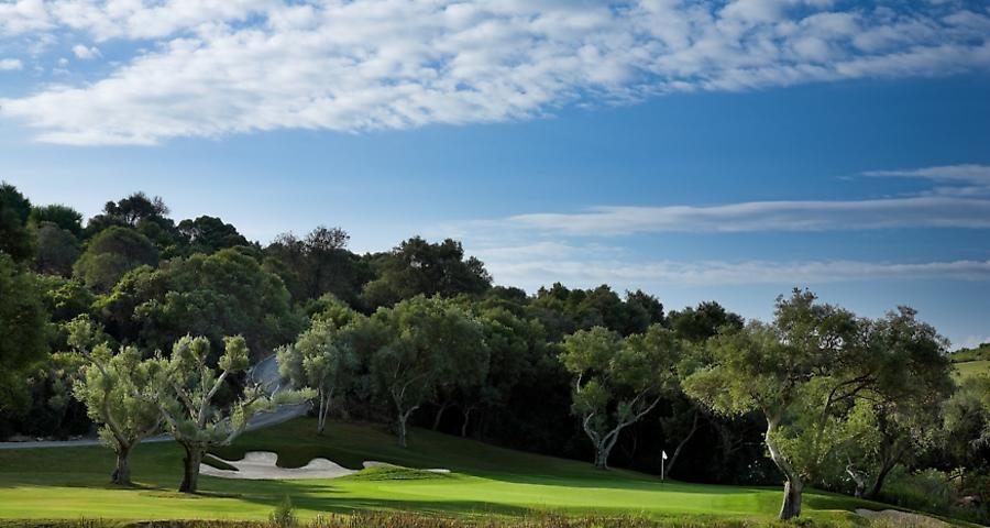 https://golftravelpeople.com/wp-content/uploads/2019/04/Finca-Cortesin-13.jpg