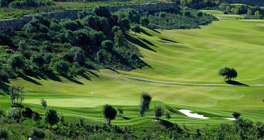 https://golftravelpeople.com/wp-content/uploads/2019/04/Finca-Cortesin-6.jpg