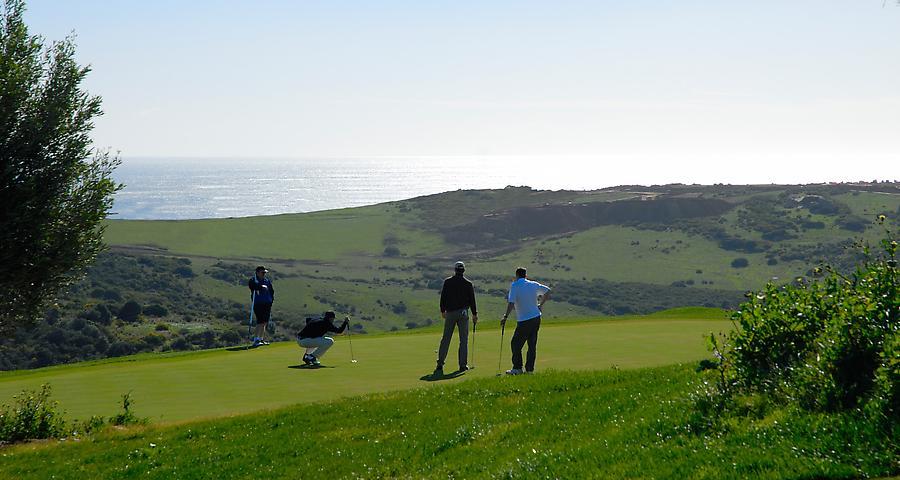 https://golftravelpeople.com/wp-content/uploads/2019/04/Finca-Cortesin-8.jpg