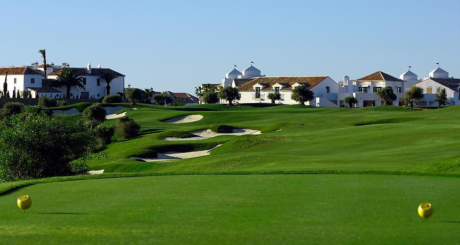 https://golftravelpeople.com/wp-content/uploads/2019/04/Finca-Cortesin-9.jpg