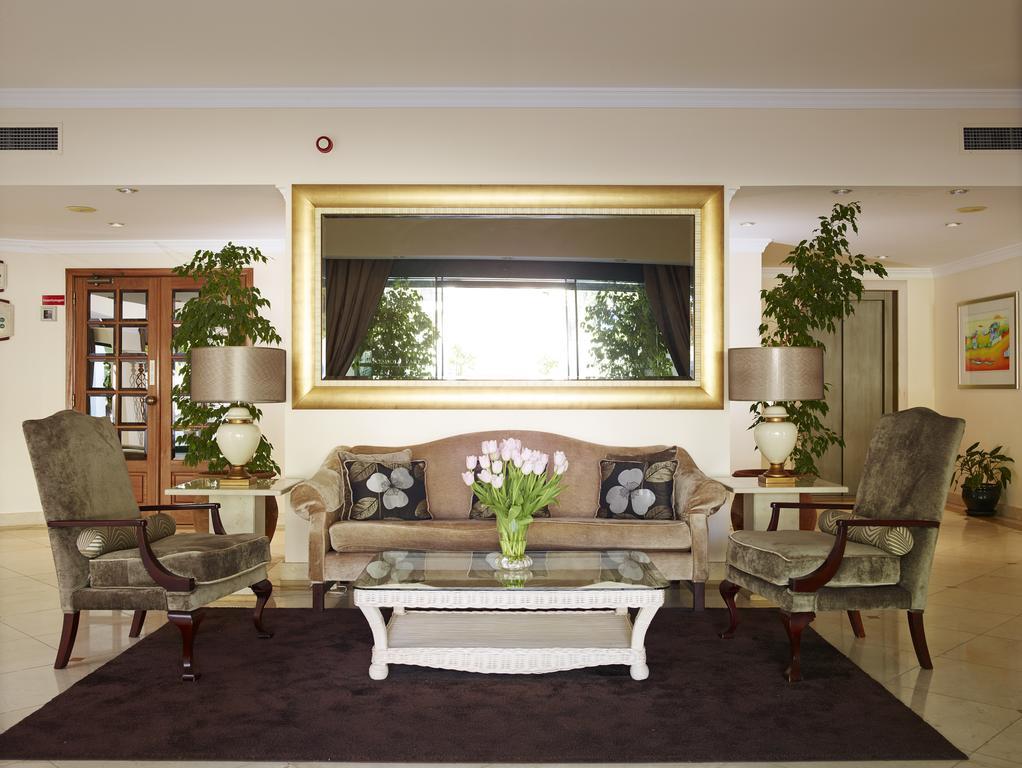 https://golftravelpeople.com/wp-content/uploads/2019/04/Formosa-Park-Apartments-Vale-do-Lobo-5.jpg