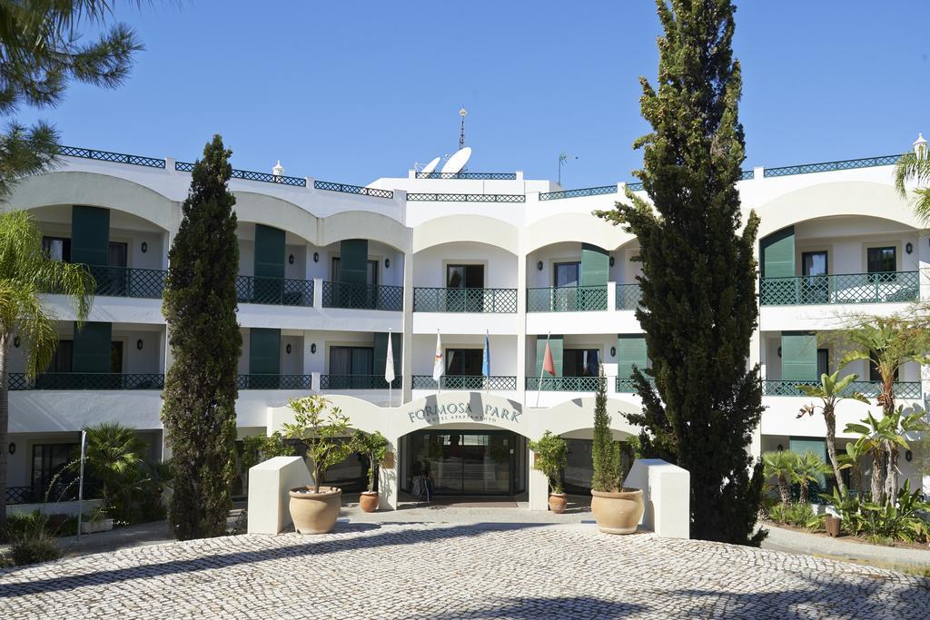 https://golftravelpeople.com/wp-content/uploads/2019/04/Formosa-Park-Apartments-Vale-do-Lobo-6.jpg