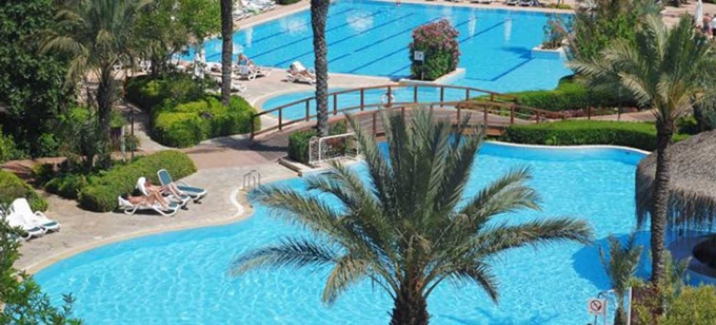 https://golftravelpeople.com/wp-content/uploads/2019/04/Gloria-Golf-Resort-Hotel-2-1024x465.jpg