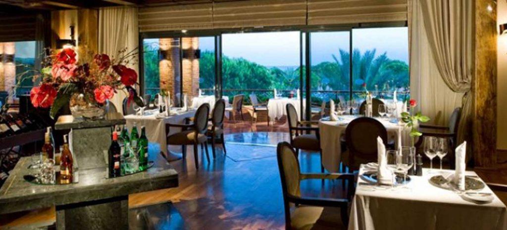 https://golftravelpeople.com/wp-content/uploads/2019/04/Gloria-Golf-Resort-Hotel-3-1024x465.jpg
