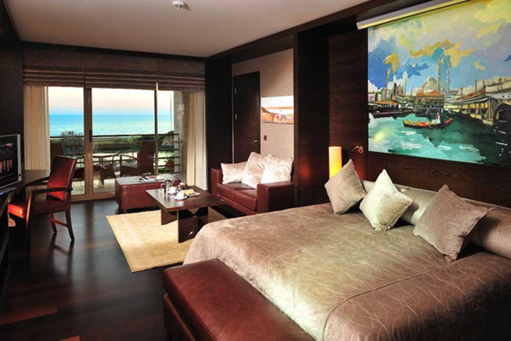 https://golftravelpeople.com/wp-content/uploads/2019/04/Gloria-Serenity-Resort-11.jpg