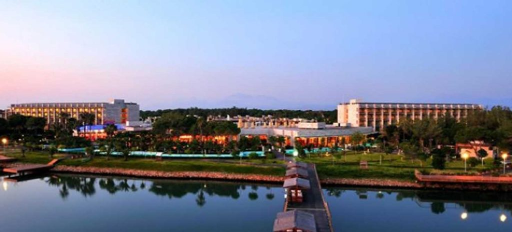 https://golftravelpeople.com/wp-content/uploads/2019/04/Gloria-Serenity-Resort-4-1024x465.jpg