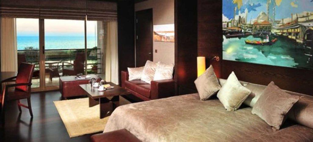 https://golftravelpeople.com/wp-content/uploads/2019/04/Gloria-Serenity-Resort-5-1024x465.jpg