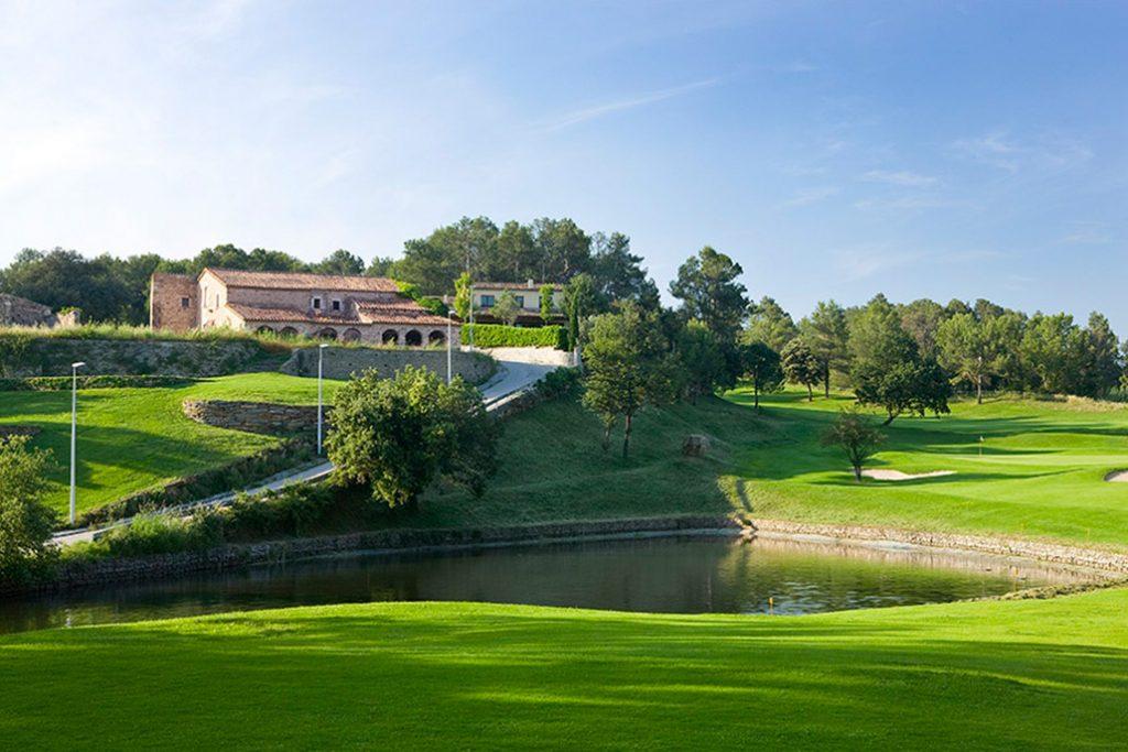 https://golftravelpeople.com/wp-content/uploads/2019/04/Golf-Girona-Costa-Brava-1-1024x683.jpg
