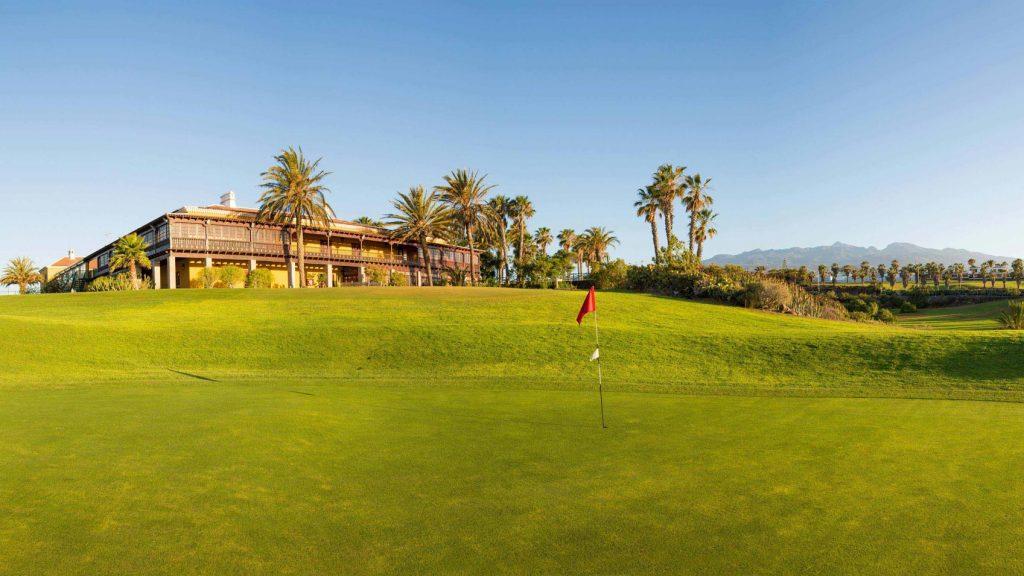 https://golftravelpeople.com/wp-content/uploads/2019/04/Golf-del-Sur-Tenerife-4-1024x576.jpg