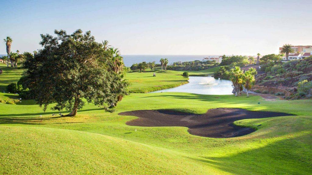 https://golftravelpeople.com/wp-content/uploads/2019/04/Golf-del-Sur-Tenerife-5-1024x576.jpg