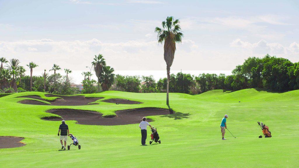https://golftravelpeople.com/wp-content/uploads/2019/04/Golf-del-Sur-Tenerife-6-1024x576.jpg