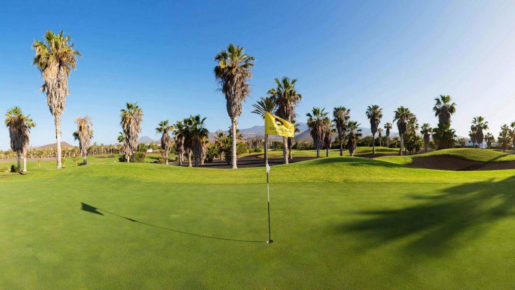 https://golftravelpeople.com/wp-content/uploads/2019/04/Golf-del-Sur-Tenerife-8-1024x576.jpg