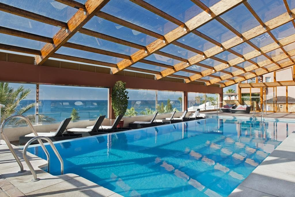 https://golftravelpeople.com/wp-content/uploads/2019/04/Gran-Hotel-Elba-Estepona-Swimming-Pools-and-Spa-8-1024x683.jpg