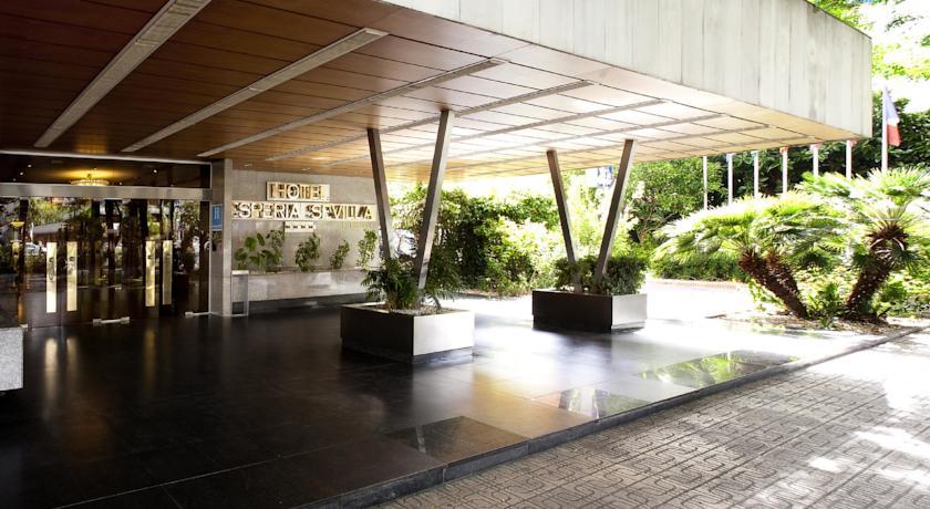 https://golftravelpeople.com/wp-content/uploads/2019/04/Hesperia-Hotel-Seville-2.jpg