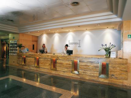https://golftravelpeople.com/wp-content/uploads/2019/04/Hesperia-Hotel-Seville-6.jpg