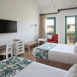 https://golftravelpeople.com/wp-content/uploads/2019/04/Hotel-Almenara-Sotogrande-Bedrooms-5-150x150.jpg
