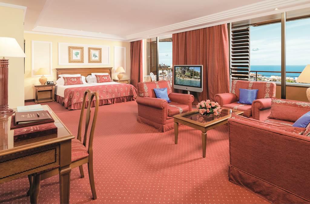 https://golftravelpeople.com/wp-content/uploads/2019/04/Hotel-Botanico-Oriental-Spa-Garden-Tenerife-10.jpg
