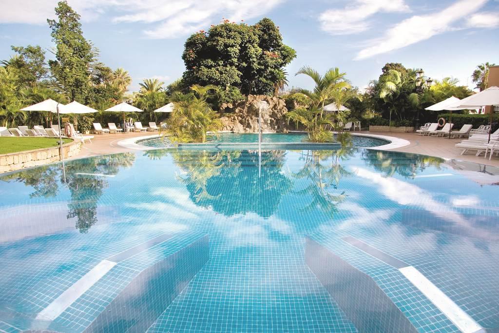 https://golftravelpeople.com/wp-content/uploads/2019/04/Hotel-Botanico-Oriental-Spa-Garden-Tenerife-6.jpg