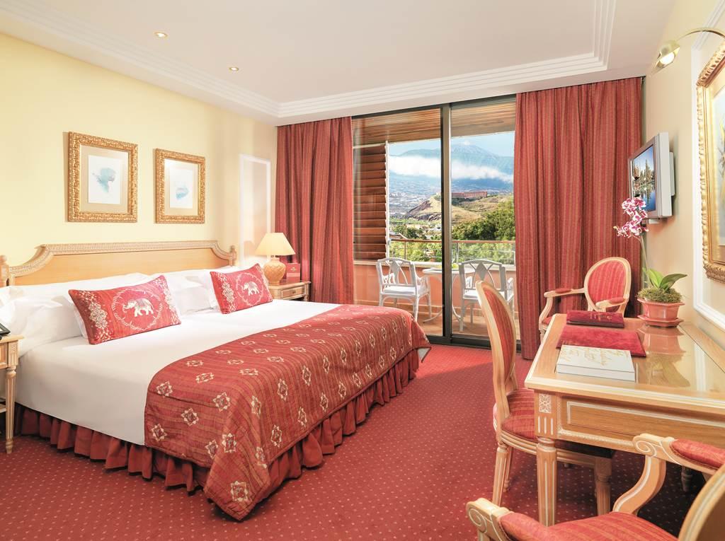 https://golftravelpeople.com/wp-content/uploads/2019/04/Hotel-Botanico-Oriental-Spa-Garden-Tenerife-9.jpg