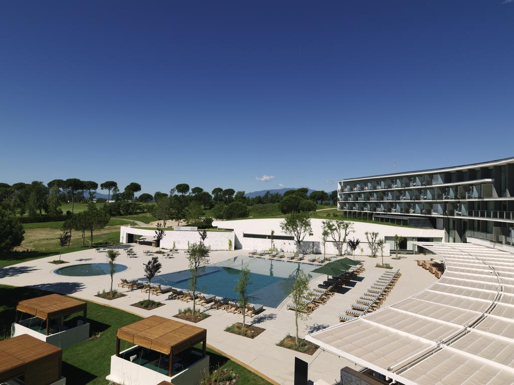 https://golftravelpeople.com/wp-content/uploads/2019/04/Hotel-Camiral-at-PGA-Catalunya-Resort-Swimming-Pools-2.jpg