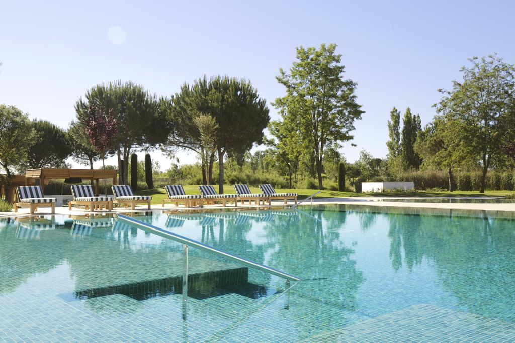 https://golftravelpeople.com/wp-content/uploads/2019/04/Hotel-Camiral-at-PGA-Catalunya-Resort-Swimming-Pools-3.jpg