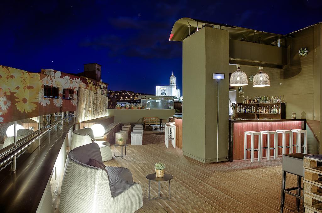 https://golftravelpeople.com/wp-content/uploads/2019/04/Hotel-Gran-Ultonia-Girona-9.jpg