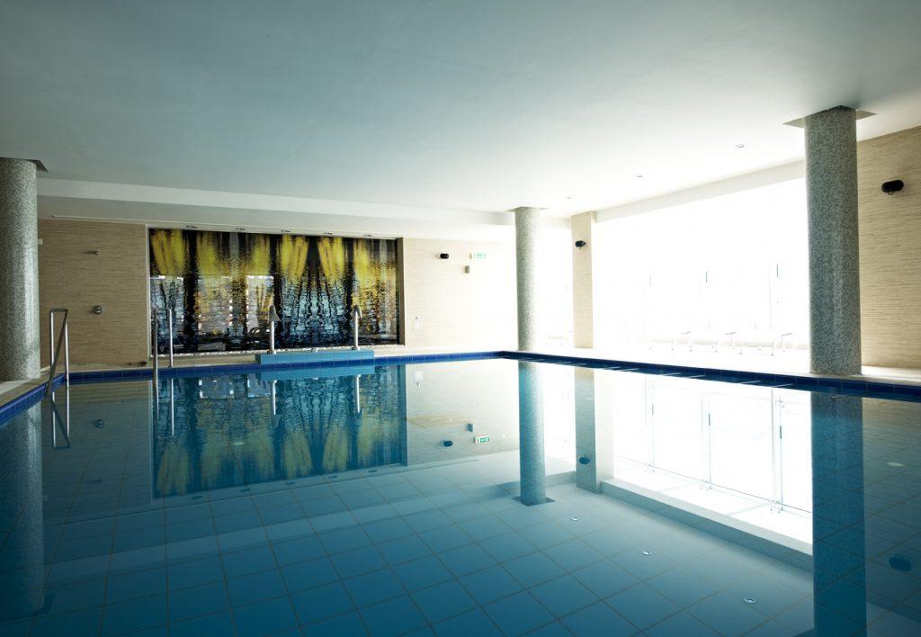 https://golftravelpeople.com/wp-content/uploads/2019/04/Hotel-Palacio-Estoril-Banyan-Tree-Spa-Fitness-9-1024x708.jpg
