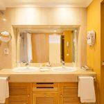 https://golftravelpeople.com/wp-content/uploads/2019/04/Hotel-Palacio-Estoril-Bedrooms-23-150x150.jpg
