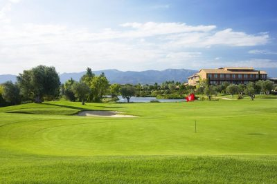 https://golftravelpeople.com/wp-content/uploads/2019/04/Hotel-Peralada-Wine-Spa-and-Golf-2-400x267.jpg