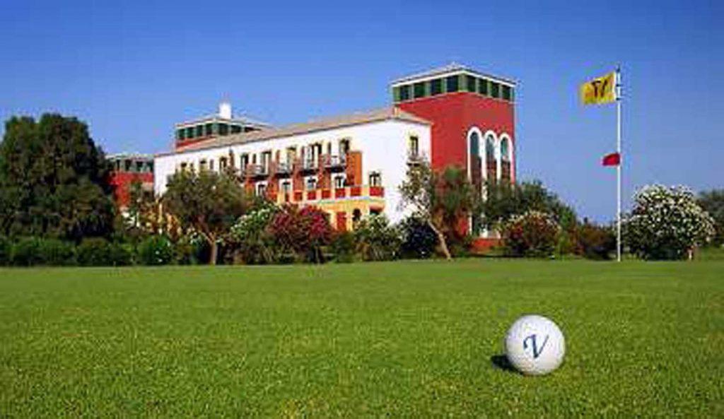 https://golftravelpeople.com/wp-content/uploads/2019/04/Isla-Canela-Golf-Hotel-1-1024x593.jpg