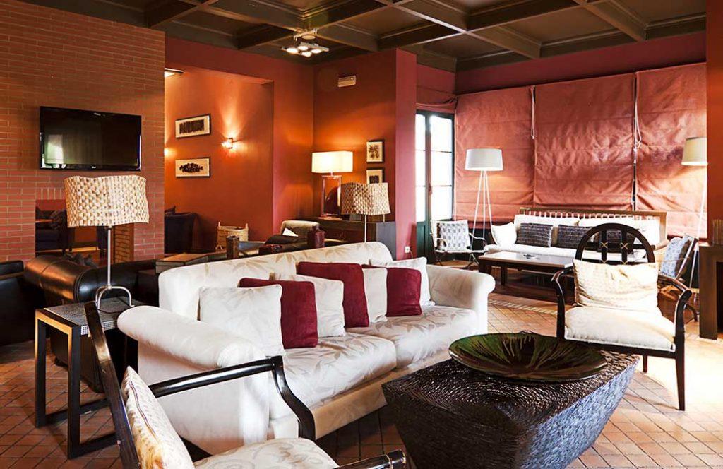 https://golftravelpeople.com/wp-content/uploads/2019/04/Isla-Canela-Golf-Hotel-29-1024x664.jpg