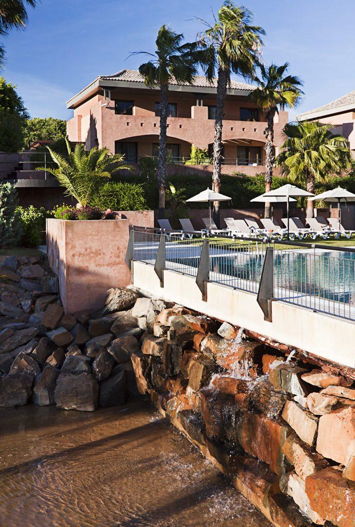 https://golftravelpeople.com/wp-content/uploads/2019/04/Islantilla-Golf-Resort-3-691x1024.jpg